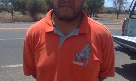 Tres personas en posesión de droga crystal, fueron detenidos en el municipio de Rincón de Romos