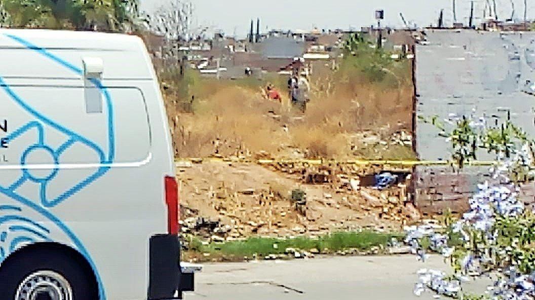 ¡Hallan piernas humanas quemadas en lote baldío en Aguascalientes!