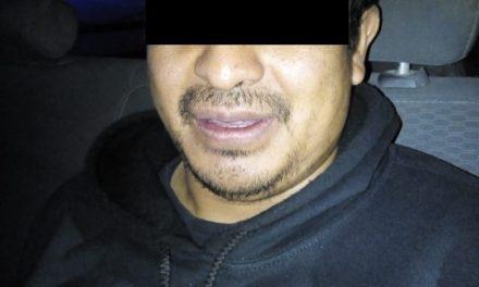 Conducía vehículo con placas sobrepuestas y fue detenido en el municipio de Jesús María