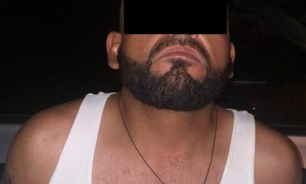 Sujeto que contaba con una orden de aprehensión por el delito de robo calificado, fue detenido en el municipio de Calvillo