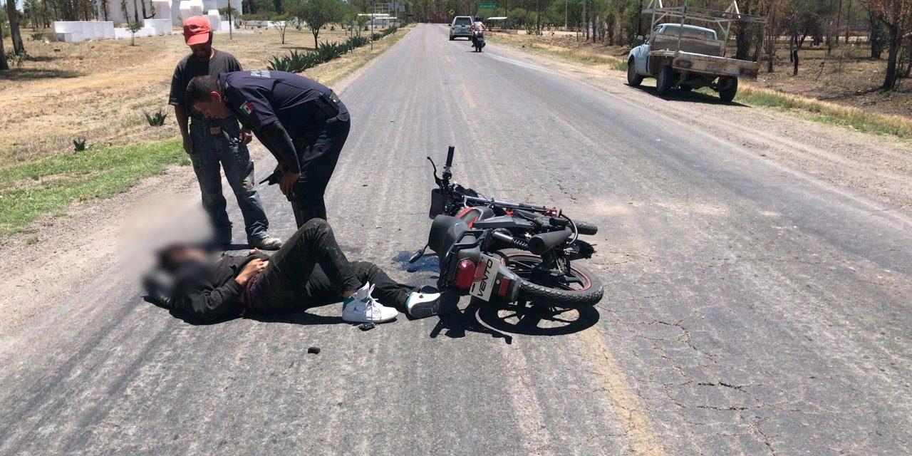 Se atiende reporte de hecho de tránsito terrestre en el municipio de Pabellón de Arteaga