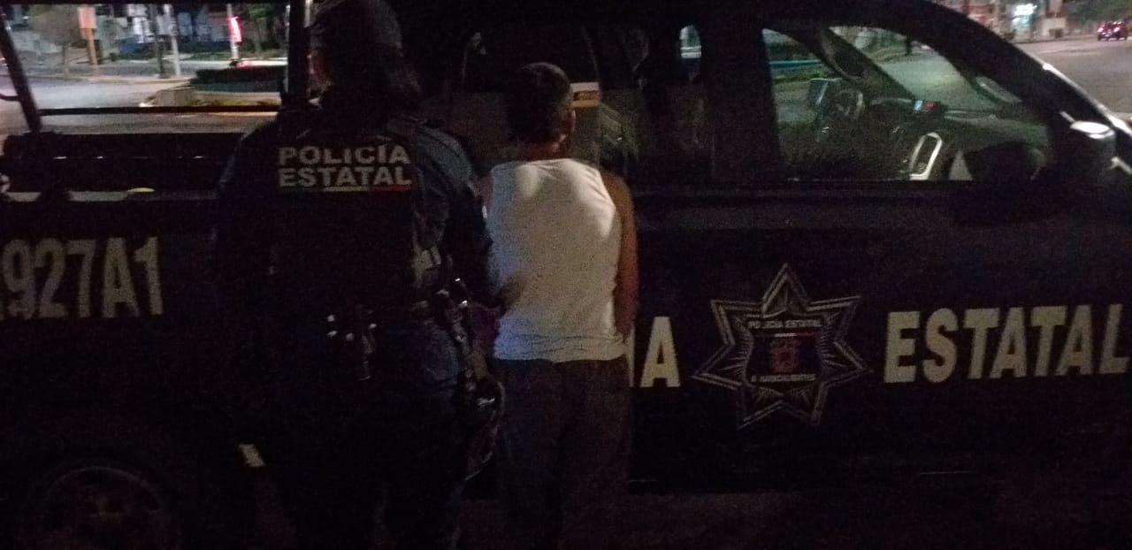 Elementos de la SSPE detienen en la comunidad de Peñuelas a sujeto en posesión de droga