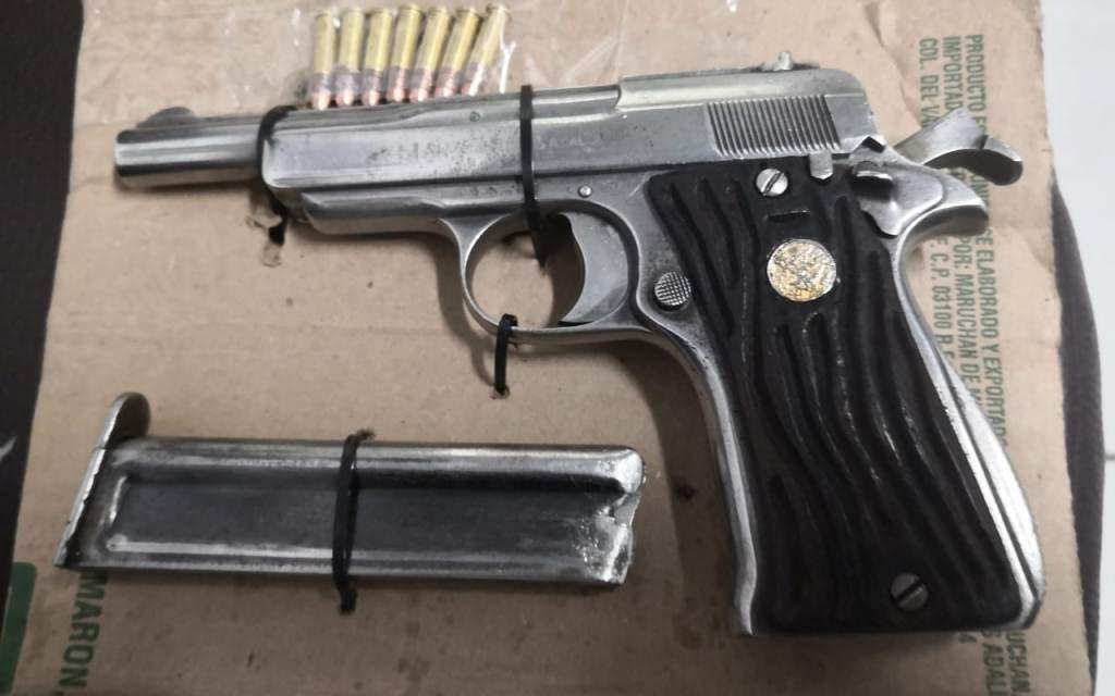Fue asegurada un arma de fuego en una parcela