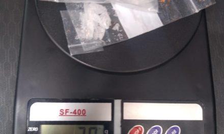 Capturan elementos de la SSPE a presunto distribuidor de enervantes