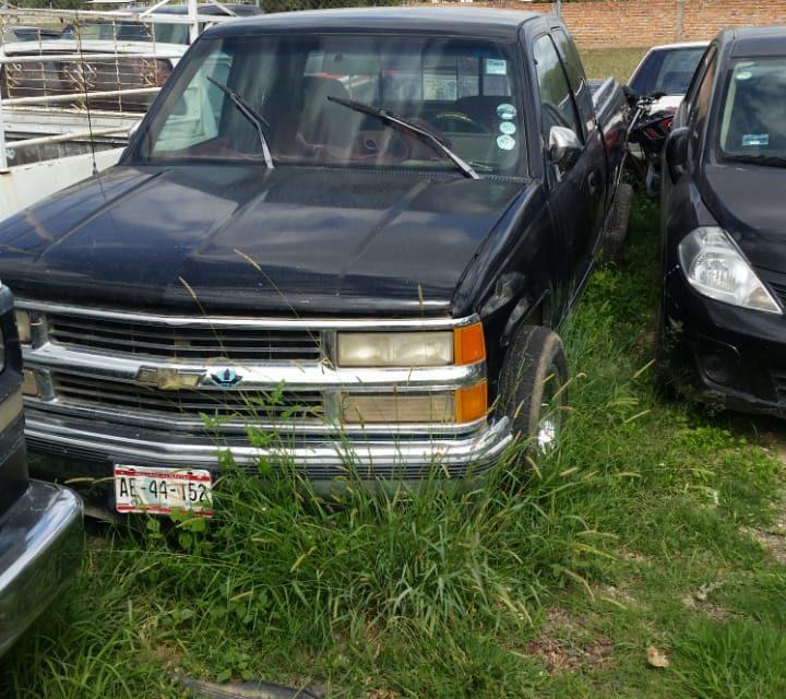 Vehículo con reporte de robo fue recuperado en el municipio de Tepezalá