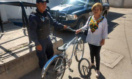 Bicicleta con reporte de robo fue recuperada y entregada a su legítima propietaria
