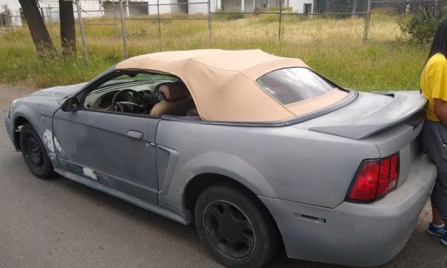 Tres personas que viajaban en un Mustang en cuyo interior se detectó droga crystal fueron detenidos por la Policía Estatal