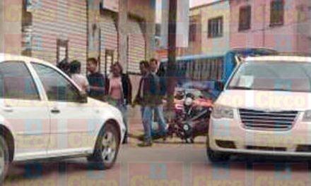 ¡Balean a un motociclista y sicarios se llevan su cuerpo en Lagos de Moreno!
