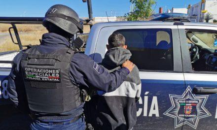 DETIENEN ELEMENTOS DE LA SSPE  A SUJETO CON 280 DOSIS DE DROGA CRYSTAL