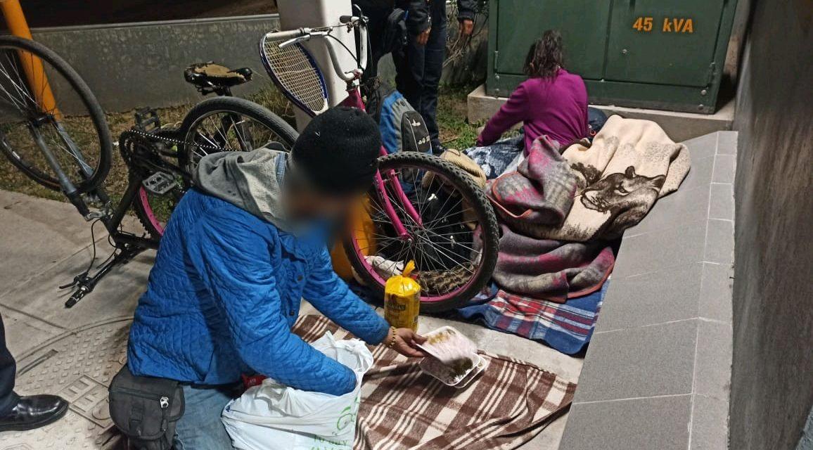 POLICÍAS Y PERSONAL DE PROTECCIÓN CIVIL AUXILIARON A FAMILIA VULNERABLE EN EL MUNICIPIO DE CAVILLO