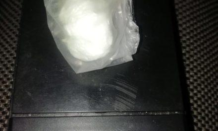 SUJETO EN POSESIÓN DE DROGA CRYSTAL, FUE DETENIDO EN PABELLÓN DE ARTEAGA