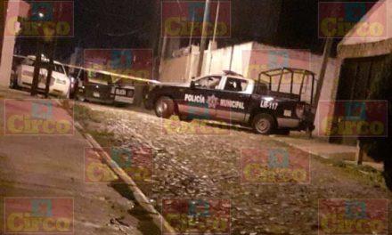 ¡Sicarios rafaguean una vivienda y moradores les responden con cohetones en Lagos de Moreno!