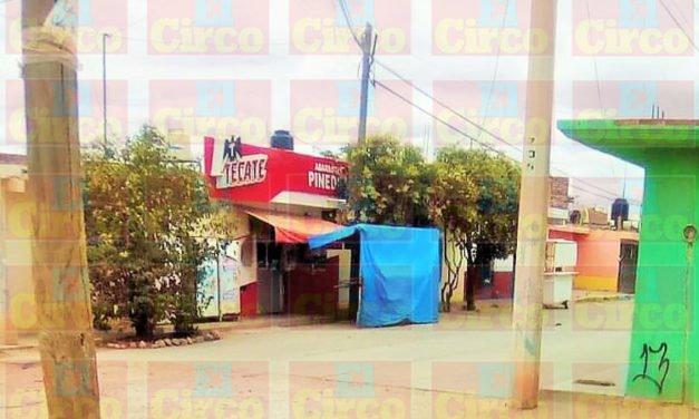 ¡Ejecutaron a un hombre dentro de Abarrotes Pineda en la colonia Cruz Azul en Calera!