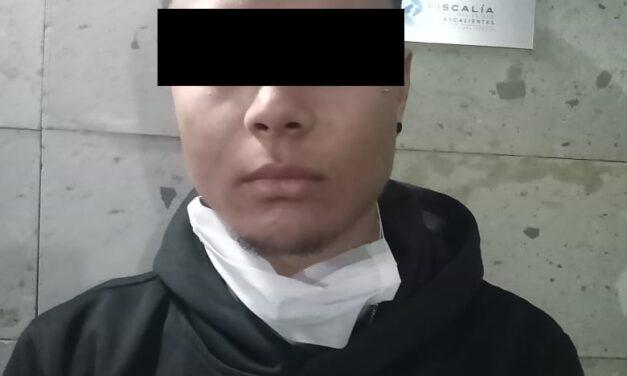 JOVEN ZACATECANO FUE DETENIDO CON DROGA CRYSTAL