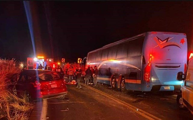 ¡1 muerto y 5 lesionados tras accidente en Nayarit de familia de Aguascalientes!