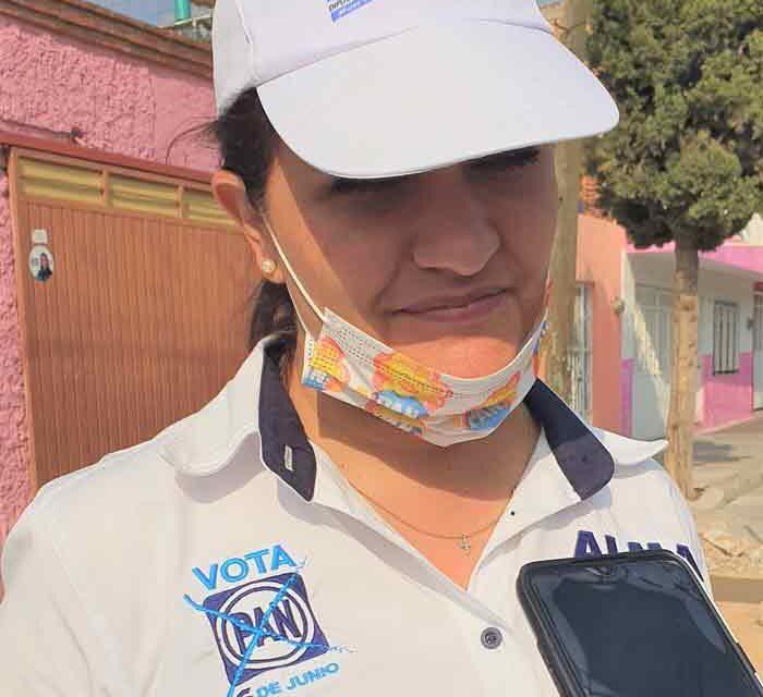 ¡Solidaridad y resultados con los que menos tienen propone Alma Hilda Medina!