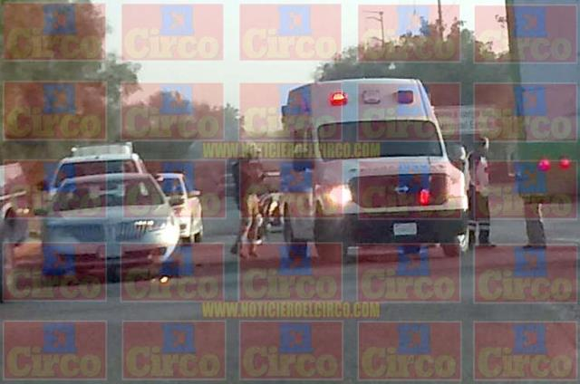 ¡Mujer motociclista murió embestida y destrozada por un tráiler en Lagos de Moreno!