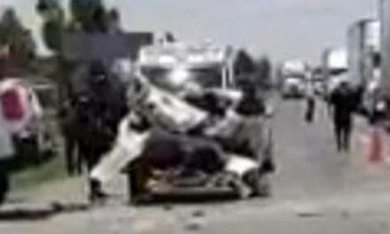 ¡1 muerto y varios lesionados tras carambola entre 4 vehículos en Calera!