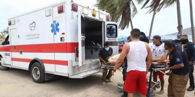 ¡En Mazatlán murió ahogada una joven zacatecana en el mar y su pareja está grave!