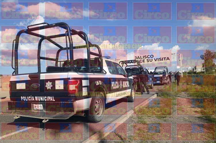 ¡Hallan ejecutados a un hombre y a una mujer en la carretera a León en Lagos de Moreno!