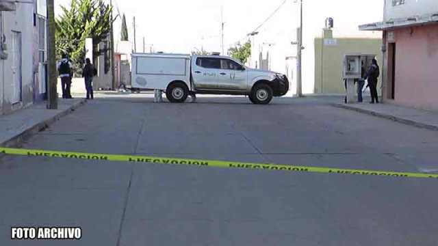¡En Las Pilas, Morelos, ejecutaron a dos hombres a bordo de un auto!