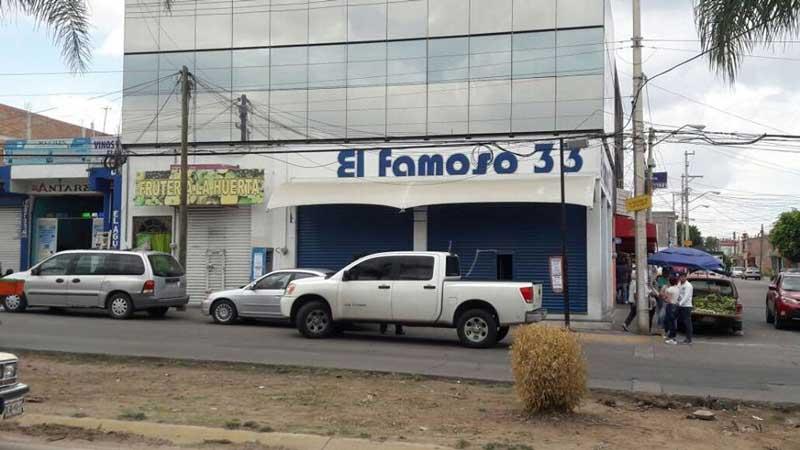 """¡Asaltan la tienda """"El Famoso 33"""" de Haciendas de Aguascalientes!"""
