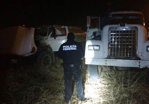¡Policía Federal asegura dos tomas clandestinas y 20 mil litros de hidrocarburo en Jalisco!