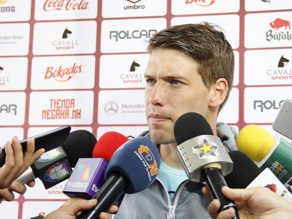 ¡Crece tranquilidad en el Necaxa pese al doloroso empate con Pumas: Claudio Riaño!