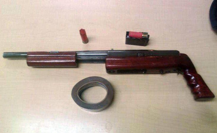 ¡Capturan a dos hombres en posesión de un arma en Zacatecas!