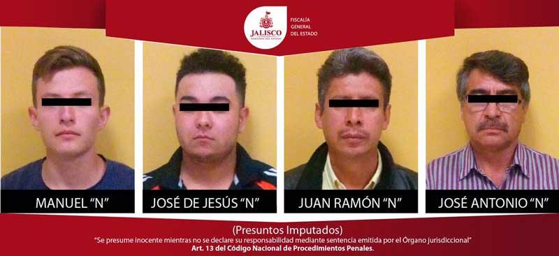 ¡Capturan a cuatro falsificadores de facturas de autos en Guadalajara!
