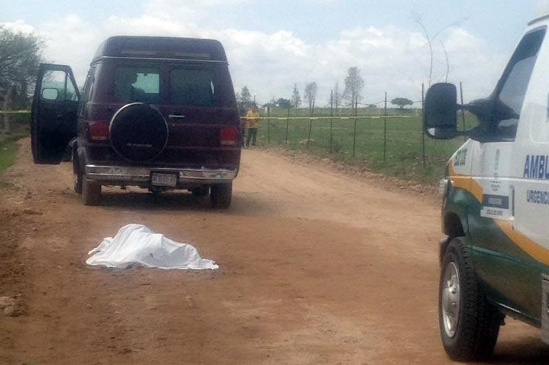 ¡Ancianito muere atropellado por unacamioneta en un camino de terracería en Asientos!