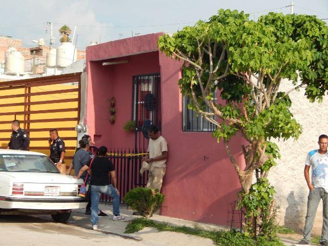 ¡Asesinaron a una joven a golpes y puñaladas en su casa en Aguascalientes!