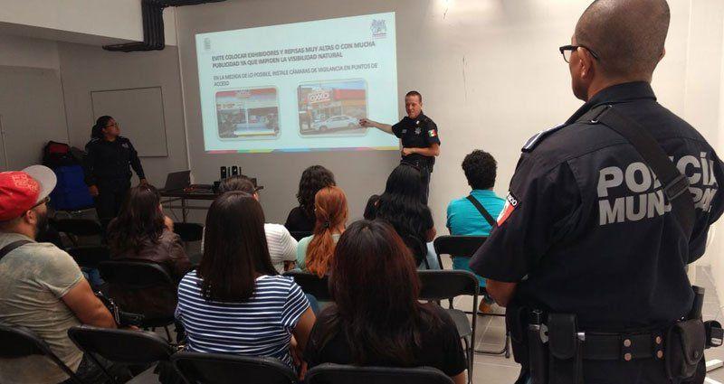 Refuerza Municipio de Aguascalientes capacitación para prevenir robos en tiendas de conveniencia!