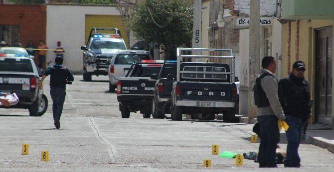 ¡Balean comandancia de policía de Ojocaliente, Zacatecas; dejan un ejecutado!