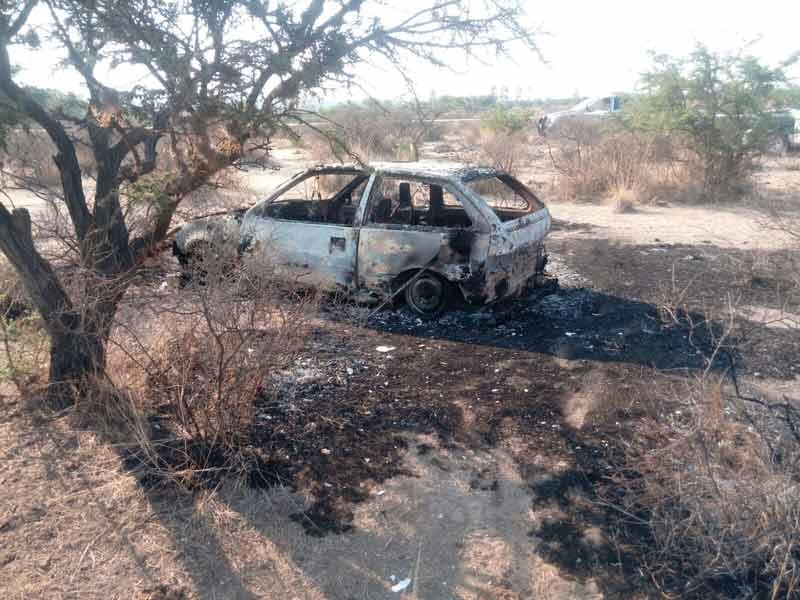¡Encuentran cuerpo calcinado de una persona en un auto incendiado!