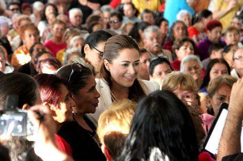 ¡Ofreció la alcaldesa Tere Jiménez emotivo festejo de Día de Reyes a adultos mayores!