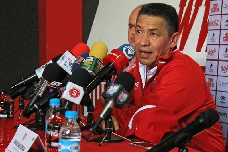 ¡Fue presentado Nacho Ambriz como nuevo director técnico de los Rayos del Necaxa!